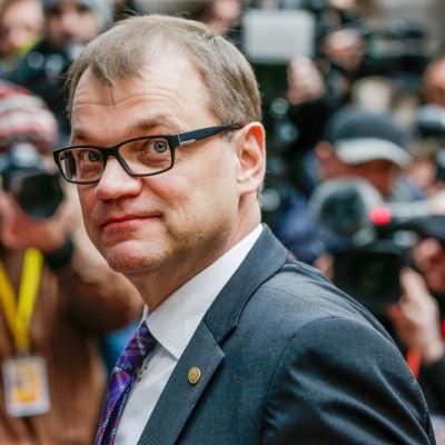 Juha Sipilä (C) i Bryssel.