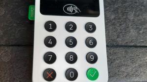 Bild på en närbetalningsapparat.