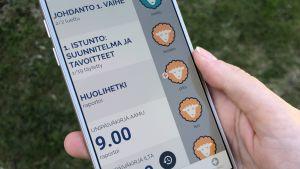 Mobilapplikation med finsk text