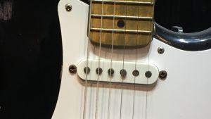 """Eric Claptonin """"Blackie""""-niminen kitara."""