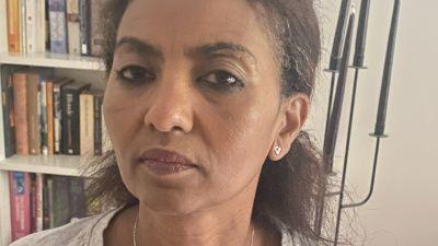 Den svenska barnmorskan Huda Mohammed som har rötter i Tigray, anser att det pågår ett folkmord och att sexuellt våld är en del av det.