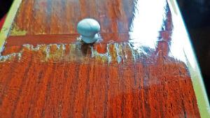 Bottnet på en lappad Landola gitarr