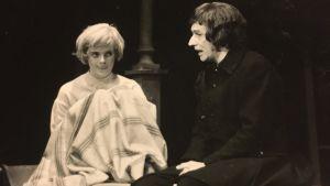 """Debut på Odense Teater 1974, i """"Hölderlin"""" av Peter Weiss. Med Anker Taasti."""