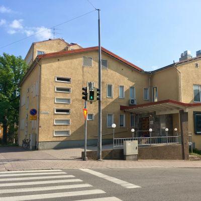 Åbolands sjukhus sett från gatan.