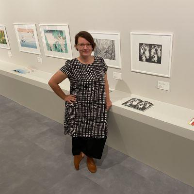 Kuvitustriennalen 2020 voittaja kuvittaja Emmi Jormalainen Mikkelissä.