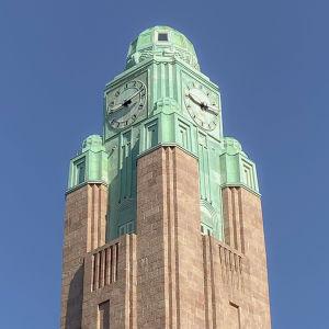 Helsingfors centralstations klocktorn.
