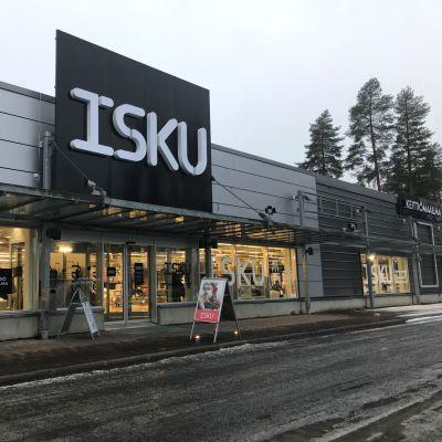 Iskun ja Kieiitiömaailman uusi myymälä on avattu Raatekankaantiellä sijaitsevaan liikekiinteistöön.