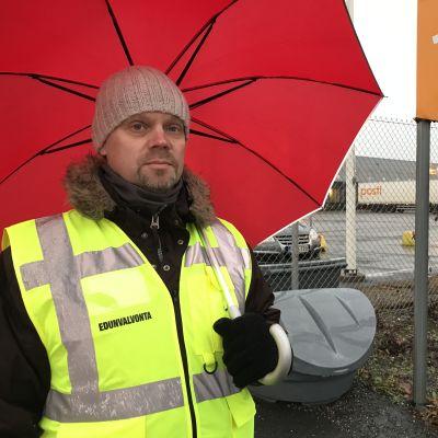 Pääluottamusmies Tommi Tienpää, Liedon posti- ja logistiikkakeskus.