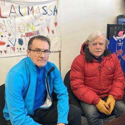 SaPKon talouspäällikkö Jorma Repo ja puheenjohtaja Vesa Kutvonen