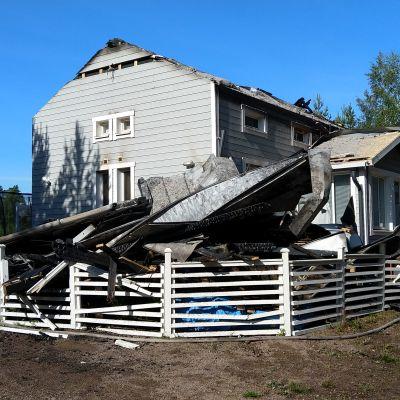 Brandskadat hus
