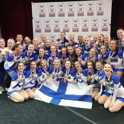 Finland vann VM-guld i cheerleading i Orlando.