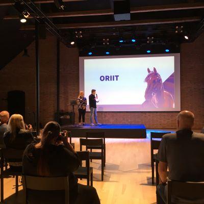 Kalevan Navetassa Seinäjoella julkistetaan kuninkuusravit 2020 osallistujahevoset.