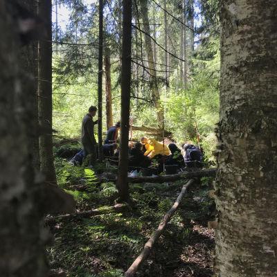 Feldluftpark Porin arkeologisia kaivauksia nuorten kesäleirillä vuonna 2021.