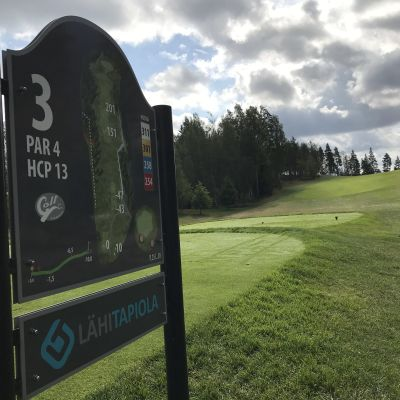 Pirkkalan golfin kolmas väylä