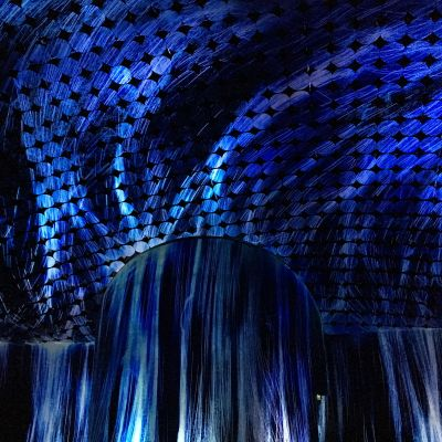 TeamLab: Vortex of Light Particles (Virvel av ljuspartiklar)