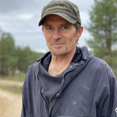 Ivalon paliskunnan arviointimies Leo Kumpula kertoo porokolareiden sattuvan enemmän lisääntyneen matkailun myötä.