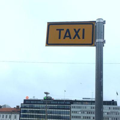taxiskylt i åbo centrum