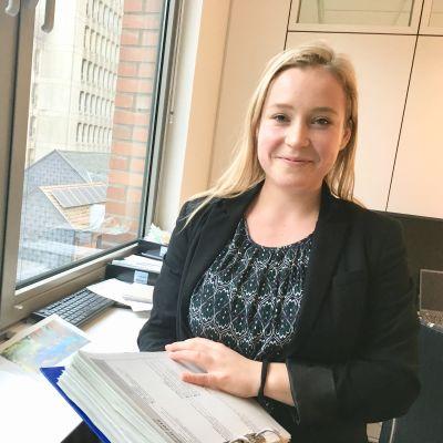Matilda af Hällström på kontoret i Bryssel