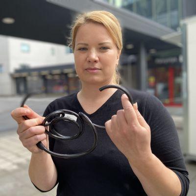 Mikkeliläinen Marjo Snellmanin pojan maastopyörä anastettiin alkuviikosta. Paikalle oli jätetty vain särjetyn lukon.