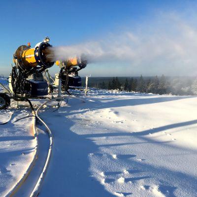 Lumetus on käynnissä Lapualla. Ensi viikonloppu avaa jo monia rinteitä eri puolilla maata.