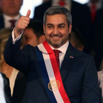 Paraguays president Mario Abdo tar ställning i Jerusalemfrågan