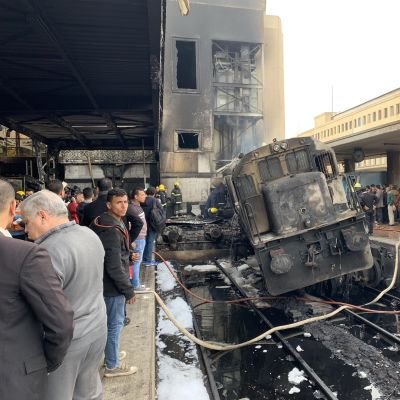 Brand på järnvägsstationen i Kairo