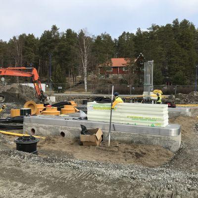 Polttoaineen kylmäasemaa rakennetaan Kuopion Siikarantaan