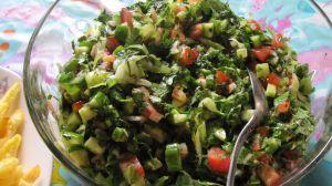 Tabbouleh salaattia