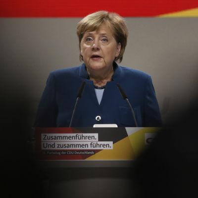 Förbundskansler Angela Merket talar den 7 december 2018