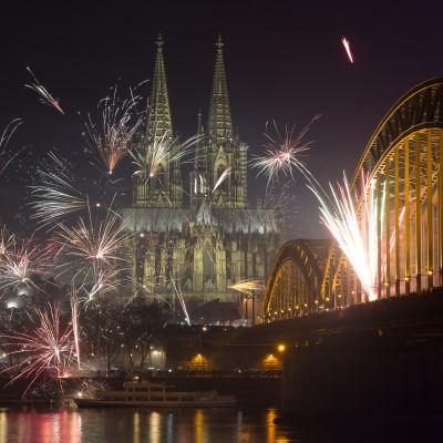 Nyårsfyrverkeri i Köln