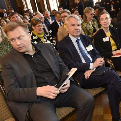 Antti Kaikkonen, Pekka Haavisto, Li Andersson och Antti Rinne.