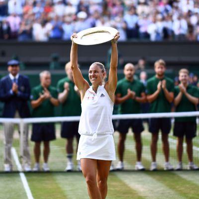 Kerber firar vinsten i Wimbledon