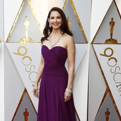 Ashley Judd anländer till Oscarsgalan 2018.