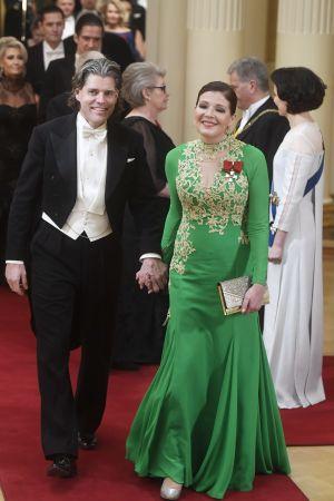 Sari Sarkomaa med sin man Kim Ruokonen