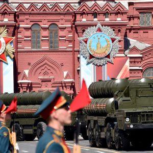 Militärparaden i Moskva på Segerdagen den 9 maj 2017.
