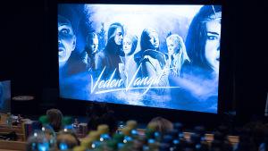 Veden vangit -musikaalin ennakkonäytös alkamaisillaan Mediapolis Kinossa