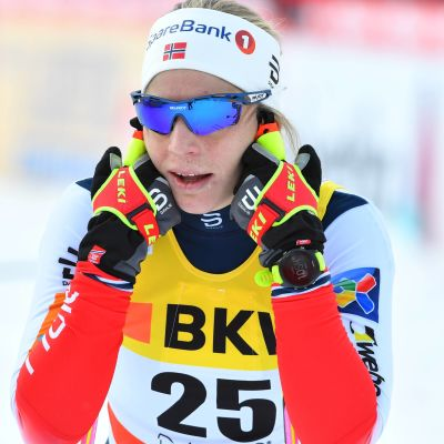 Astrid Uhrenholdt Jacobsen efter målgång i schweiziska Davos.
