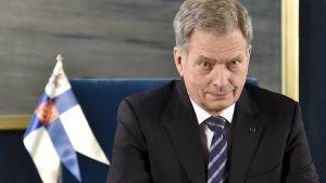 President Sauli Niinistö håller nyårstalet.