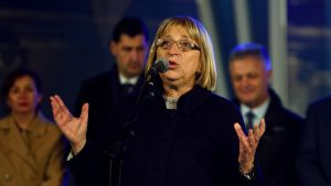 Det styrande partiets kandidat, parlamentets talman Tsetska Tsacheva är förhandsfavoriti i presidentvalet första omgång men förutspås förlora en andra omgång.