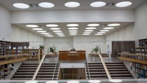 Interiör från biblioteket i Viborg - ritat av Alvar Aalto.