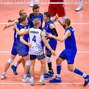 Finlands herrlandslag i volleyboll.