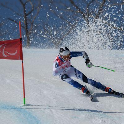 Santeri Kiiveri i elden vid de paralympiska spelen i Pyeongchang.