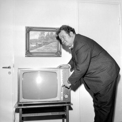 Toivo Kärki vuonna 1964.
