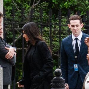 Kim Kardashian på väg till möte med Donald Trump 30.5.2018.