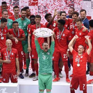 Bayern München säkrade titeln under Bundesligans sista omgång.