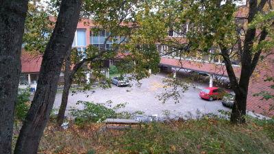 S:t Olofsskolans skolgård är liten