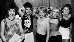 The Go-Go's -yhtye yhteiskuvassa vuonna 1981