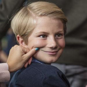 Jacob Lundqvist som Willam i dramaserien Bonusfamiljen.