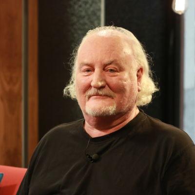 Neil Hardwick.