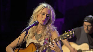 Nästan unplugged: Frida Andersson